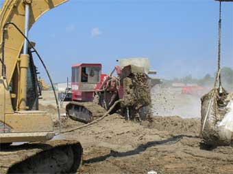 One Pass Trenching Slurry Wall Construction