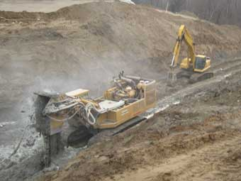 Landfill Bentonite Wall Installation
